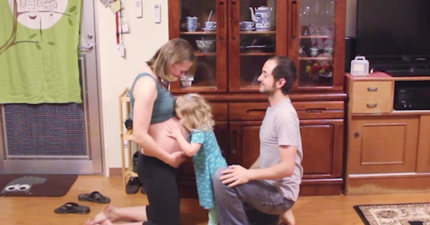 Beautiful Time-Lapse Shows Pregnancy From Day 1 To Birth